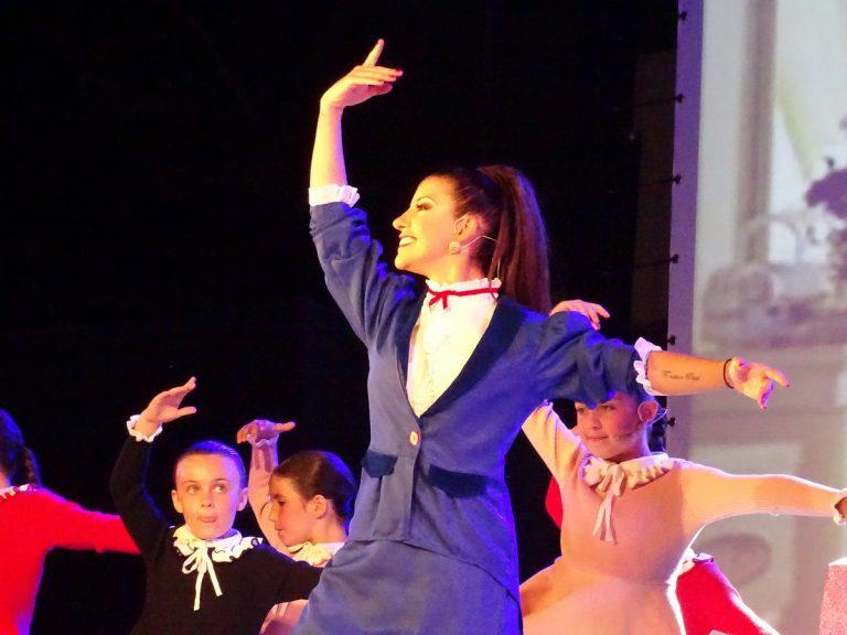 La Escuela de Danza María Mota sumerge a Quintanar en la magia de los musicales
